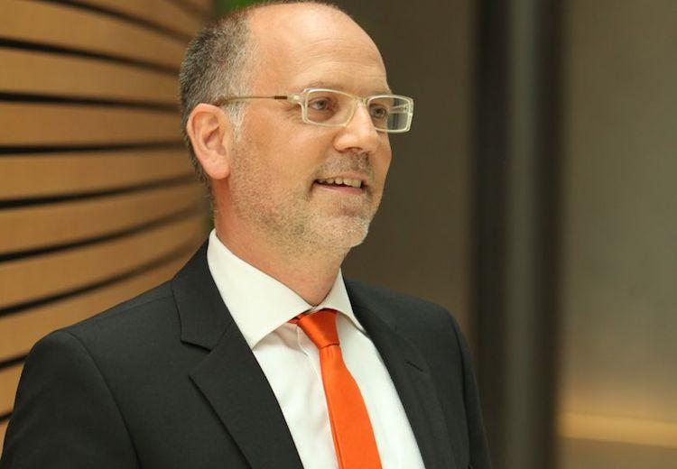 Dirk Ungemach-Str Hle Hoch in Künstliche Intelligenz wird zur Schlüsseltechnologie