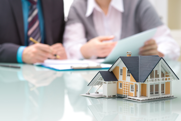 Haus-kredit-bank-shutterstock 177566216 in WIKR: Bundesregierung reagiert auf Kritik