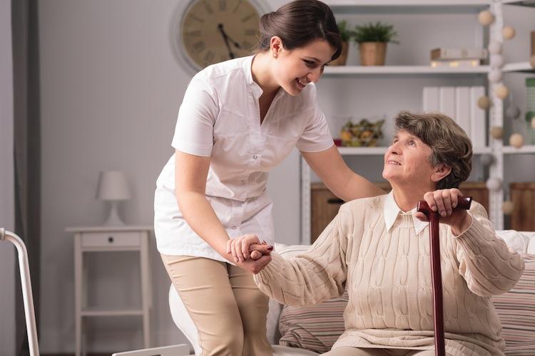 Pflege: 20 Prozent könnten sich ehrenamtliche Tätigkeit vorstellen