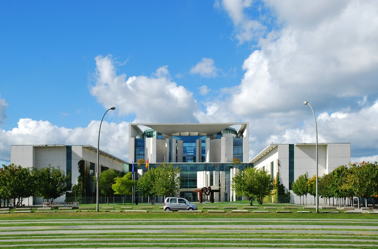 Shutterstock 534545791 in Regierung will Betriebsrenten weiter verbreiten