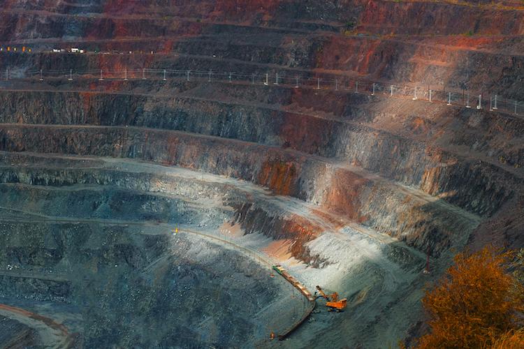 Tagebau-2 in Von der Heydt platziert neuen Rohstoffanleihen-Fonds