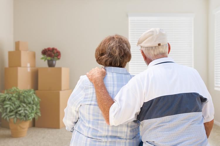 Umzug-rentner-shutterstock 518231677 in BGH entscheidet beim Eigenbedarf zugunsten der Vermieter