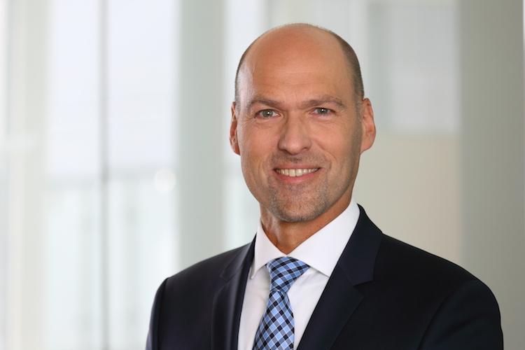 Wolfgang-Marx-Kopie in Frankfurt-Trust erweitert Geschäftsführung