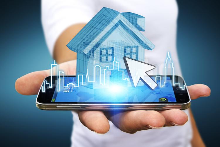Haus-finanzierung-smartphone-shutterstock 364743722 in Immobilientransaktionen – die Grenzen der Plattformwirtschaft