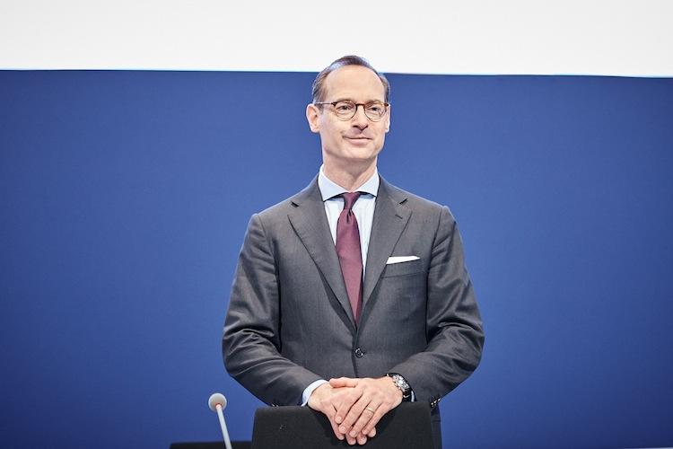 Für das US-Geschäft erwartet Allianz-Chef Oliver Bäte positive Auswirkungen, wenn der künftige Präsident Donald Trump seine Pläne umsetzt.