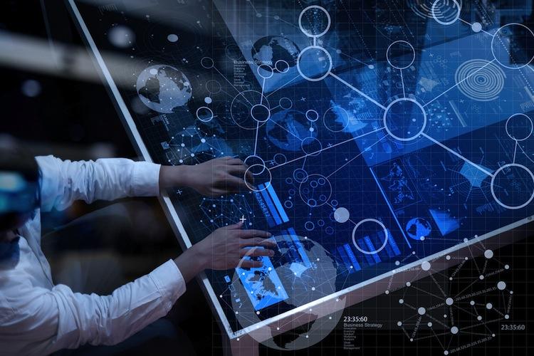 Shutterstock 319414127 in Versicherer wollen Investitionen in neue Technologien steigern