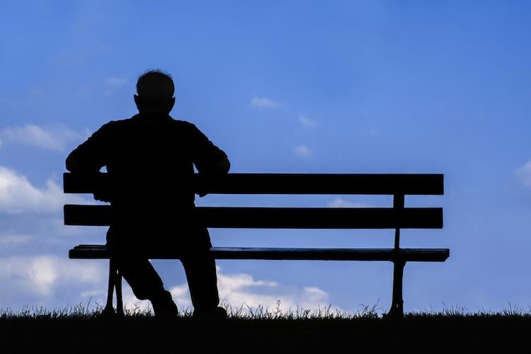 Shutterstock 359779433 in Bericht: Höheres Rentenniveau beseitigt Altersarmut nicht