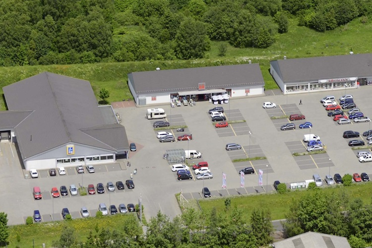 Blank-Blankenheim-11 in Ratisbona verkauft Fachmarktzentrum an BVT