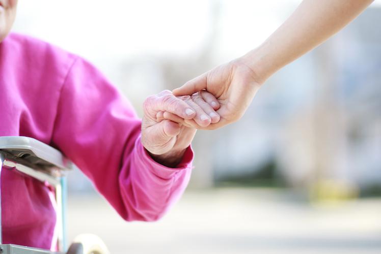 Kassenverband: Mehr Geld allein bringt nicht mehr Pflegekräfte