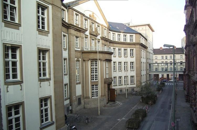 Landgericht-FFM in S&K-Gründer zu Haftstrafen verurteilt