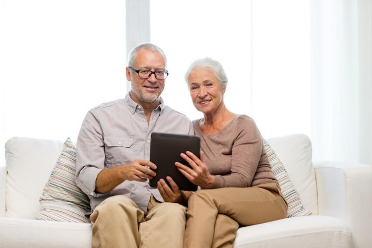 Senioren-altersvorsorge-shutt 225084013 in Wohneigentum: Bleibt im Alter mehr Geld zum Leben?