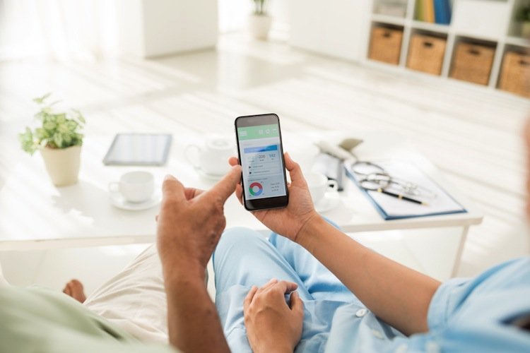 Shutterstock 348562679 in Digitaler Fortschritt erfordert Orientierung