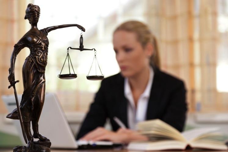 Shutterstock 382368697 in Die besten Rechtsschutzversicherer aus Kundensicht