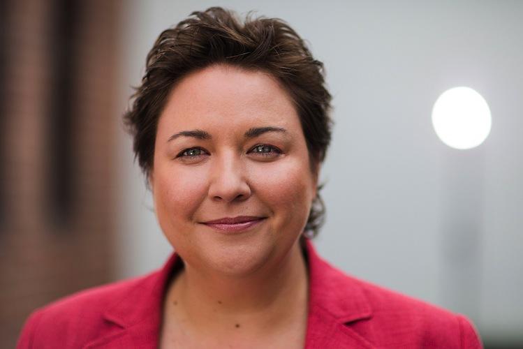 Portrait Tanja Hoellger-1 in Heute-und-Morgen-Studie: Hohes Interesse von GKV-Versicherten an digitalen Angeboten