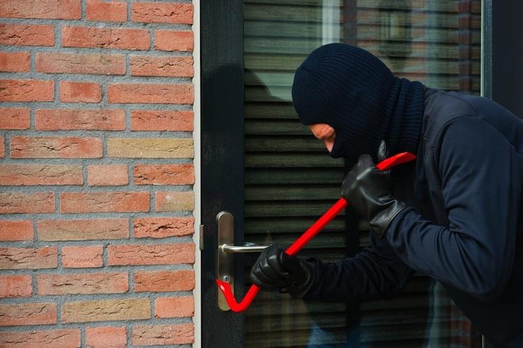 Einbruch-shutt 135870911 in Einbrüche: Sicherheit keine Frage der Immobilienpreise