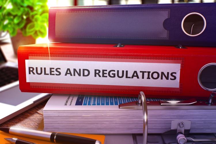 Regulierung-regeln-gesetz-shutt 405027403 in Erst einmal Widersprüche und Fehler in der Regulierung beseitigen