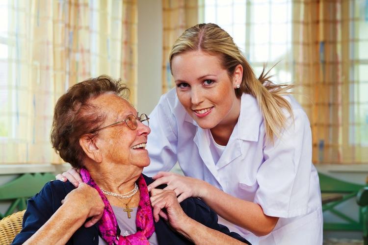 Shutterstock 113351833 in 80.000 Menschen erhalten durch Reform zusätzlich Pflegeleistungen
