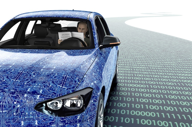 Noch ist die Technologie des Roboterautos nicht ausgereift.