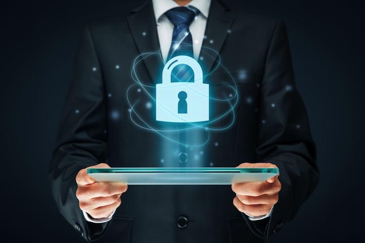 Shutterstock 578176660 in Württembergische stattet Cyber-Versicherung mit neuen Leistungen aus