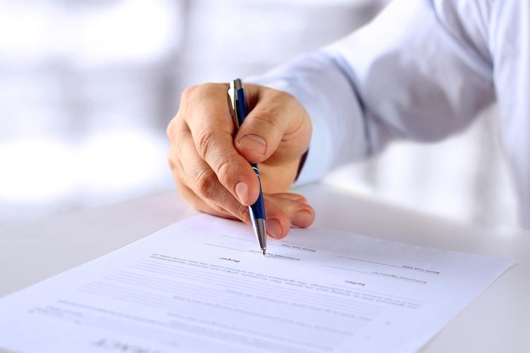 Rueckforderungsrecht-vertrag in Schenkungsvertrag: Rückforderungsrecht als Reißleine
