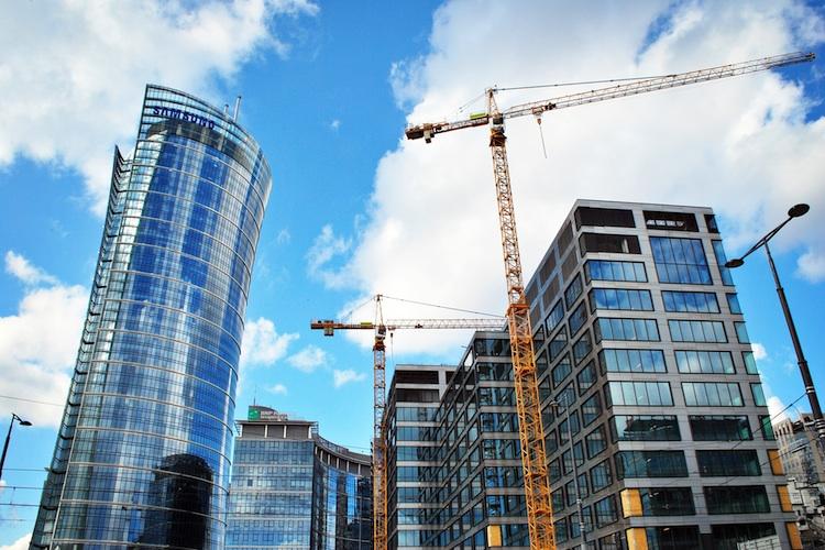 Bau-bueroturm-shutt 620676134 in Risikomanagement bei Immobilienprojekten: Verband fordert einheitliche Standards