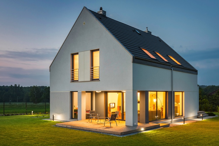 Haus-eigenheim-shutt 436575742 in Viel zu viele Häuser auf dem Land