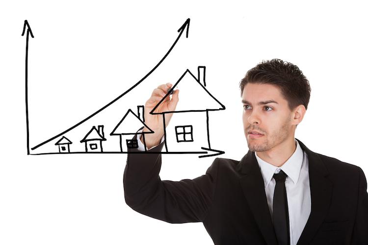 Haus-preis-anstieg-teuer-pfeil-chart-graph-shutterstock 158829737 in Mietpreisbremse allein ist machtlos