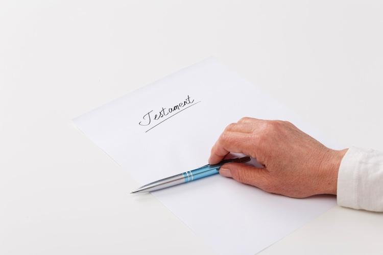 Erben-Testament-Erbschaft in Erbrecht: Wann ist eine Testamentsunterschrift gültig?
