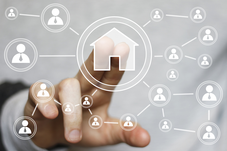 Haus-digitalisierung-zia-sap-technologie-netzwerk-verbunden-smart-home-digital-shutterstock 293151104 in ZIA und SAP wollen Immobilienbranche digitalisieren