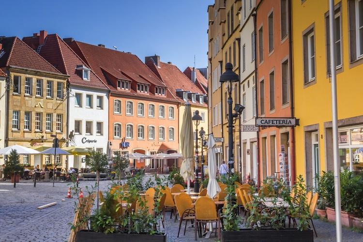 Osnabrueck-mittelstadt-shutt 483705232 in Klein- und Mittelstädte: Drei Empfehlungen für eine bessere Wohnungsversorgung