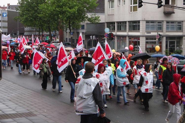 Shutterstock 32090905 in Streiks sollen deutlich ausgebaut werden