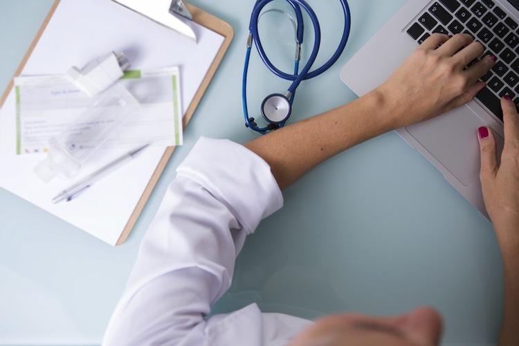 Shutterstock 520849978 in Viele Kassenverträge für Arzt-Diagnosen rechtswidrig
