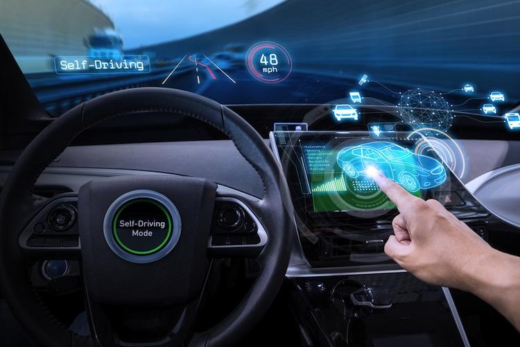 Shutterstock 589274351 in Weniger Unfälle, aber teurere Reparaturen bei autonomen Autos