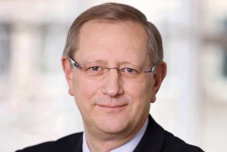 Tilmann-hesselbarth in LBS-Vorsitz Hesselbarth verlässt Bausparkasse aus privaten Gründen