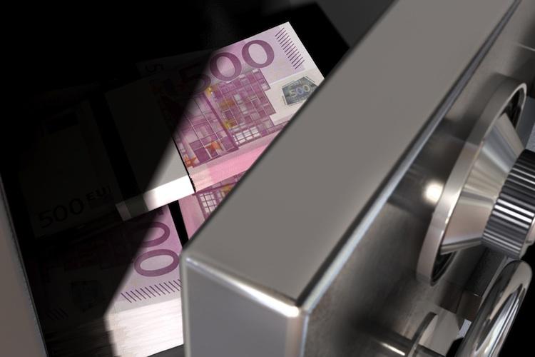 Strafzinsen: Banken bunkern Bargeld