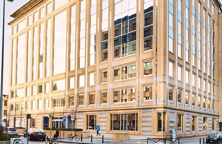 Nerviens-85-Kopie in Leading Cities Invest kauft in Brüssel