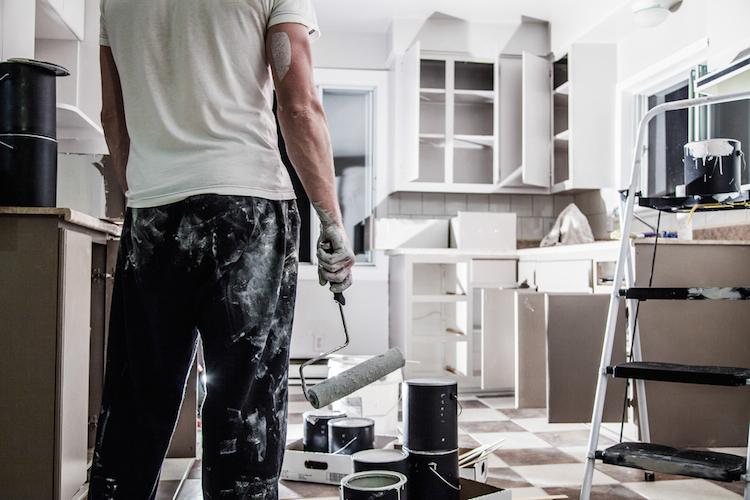 BGH verhandelt Mietstreit: Wer muss die Wohnung renovieren?