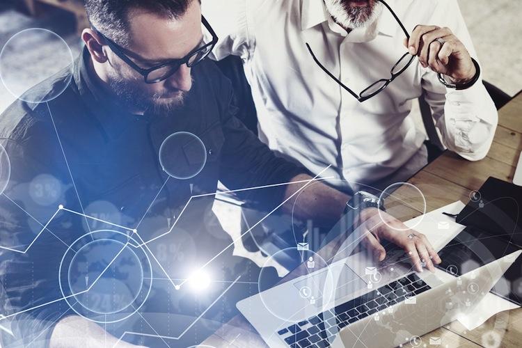 Shutterstock 530012023 in Digitalisierung: Engere Zusammenarbeit mit dem Vertrieb gefordert