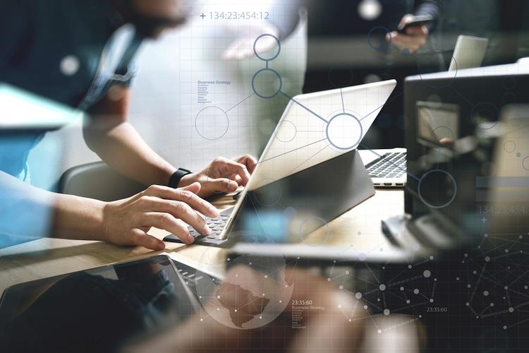 Shutterstock 551920822 in Hypoport startet digitale Plattform für Makler