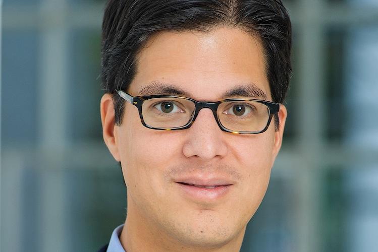 Dr -Schumacher-Thilo AXA- in Axa Deutschland und Fondsdepot Bank kooperieren