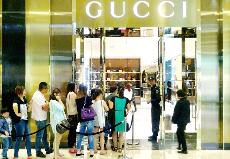 Gucci-China in Reichtum in China legt deutlich zu