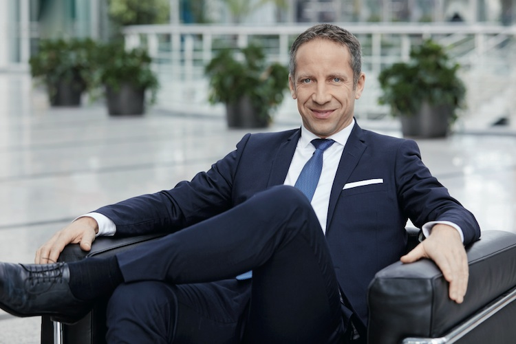 Norbert-Porazik-Fonds-Finanz in Fonds Finanz übernimmt Edisoft