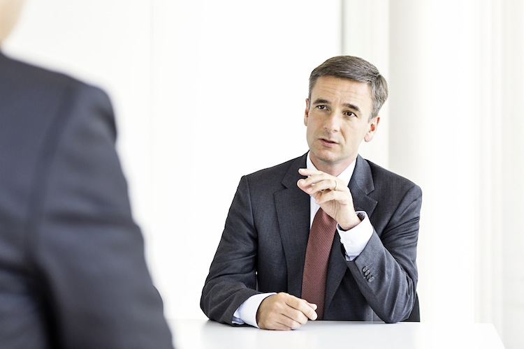 Ross Interview 300 in Viridium übernimmt Verträge der Mannheimer Leben