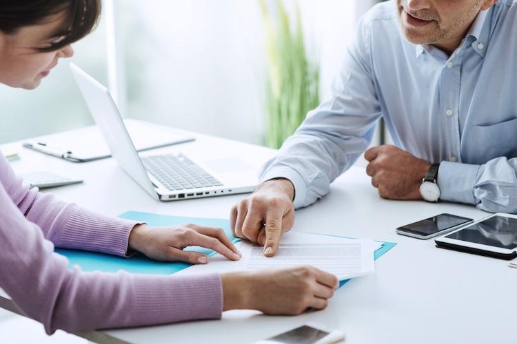 Shutterstock 384985675 in Pensionsverpflichtungen der Dax-Konzerne leicht gesunken