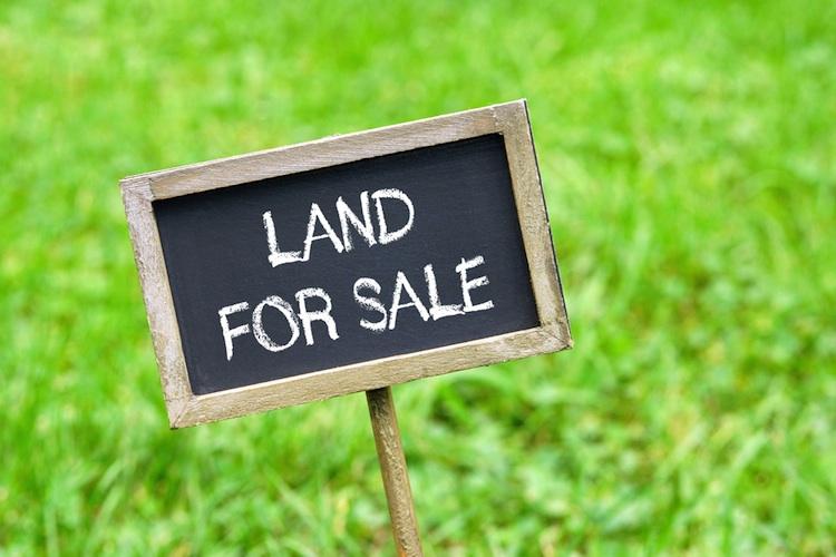 Grundstueck-wohnungsbau-bauland-shutt 338868602-Kopie in Fehlendes Bauland treibt Grundstückspreise in Deutschland