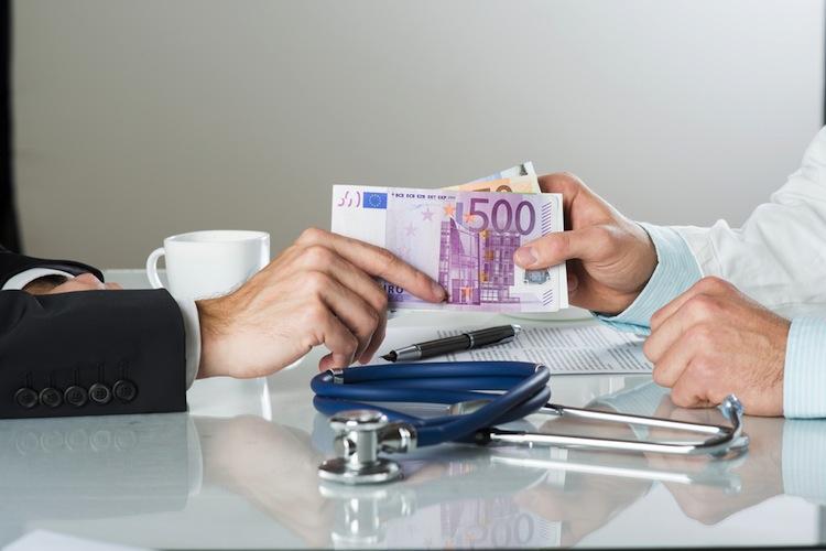Shutterstock 136947623 in Kassen-Ärzte bekommen 2018 knapp eine Milliarde mehr