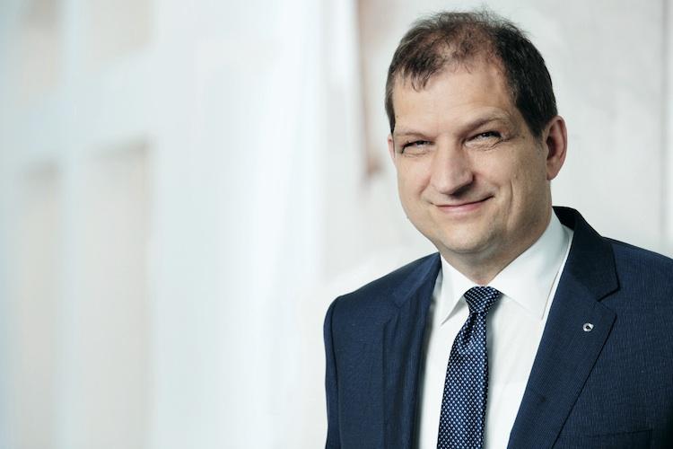 Dr-Helmut-Hofmeier-Continentale in Continentale Leben bringt Update für Handwerker BU