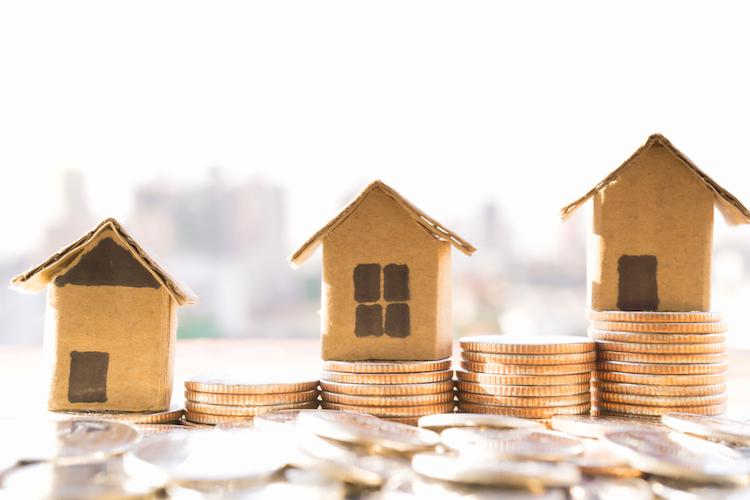 Haus-haeuser-wachstum-geld-preis-shutterstock 584441113 in Einnahmen durch Grunderwerbsteuer auf Rekordhöhe