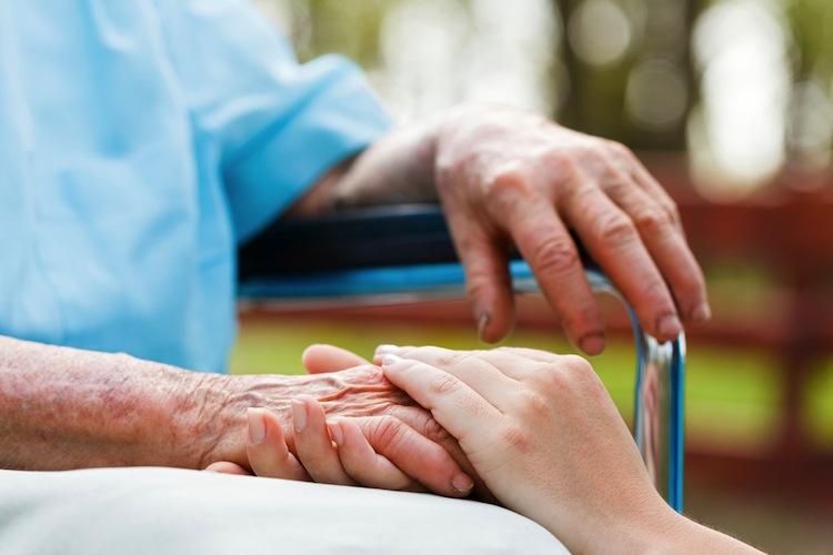 Shutterstock 137169410 in Patientenschützer verlangen Maßnahmen gegen Pflegenotstand