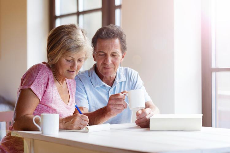 Altersvorsorge: Jeder Vierte legt eigenständig an
